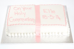 celebcake-communion-1.jpg